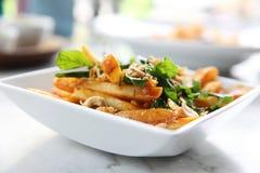 Pommes frites med thai kryddigt fotografering för bildbyråer