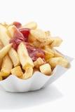 Pommes-Frites mit Ketschup Lizenzfreie Stockfotos