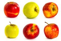 Pommes mûres sur un fond blanc, isolat, pommes sur le fond Photo libre de droits