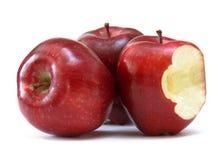 Pommes rouges avec le dégagement image libre de droits