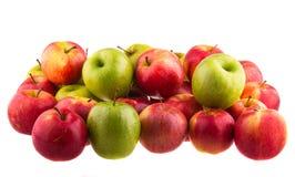 Pommes rouges d'isolement d'isolement sur le fond blanc fruit Image libre de droits