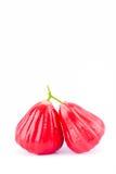 Pommes rouges de pomme rose ou d'eau sur la nourriture saine de fruit de pomme rose de fond blanc d'isolement Photo stock