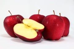 Pommes sur le fond blanc Image libre de droits