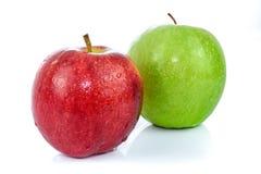 Pommes vertes et rouges Images libres de droits