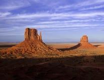 Pomnikowa dolina przy półmrokiem Zdjęcie Stock