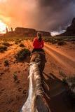 Pomnikowa Dolinna Horseback jazda Zdjęcie Royalty Free