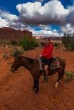 Pomnikowa Dolinna Horseback jazda Fotografia Royalty Free
