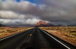 Pomnikowa doliny pustyni autostrada fotografia royalty free