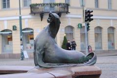 Pomnikowa futerkowa foka w Helsinki Fotografia Stock