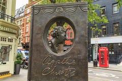 Pomnikowy Agatha Christie ` s w Londyn Zdjęcia Royalty Free