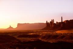 Pomnikowy Dolinny totemu słupa wschód słońca Utah Zdjęcia Stock