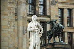 Pomnikowy Friedrich Schiller Berlin, Gendarmenmarkt - Zdjęcia Royalty Free