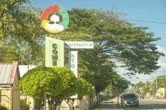 Pomnikowy Signage zarząd miasta dla Santo Tomas, Davao del Fotografia Stock