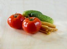 Pomodori, cetrioli e formaggio Suluguni Fotografia Stock