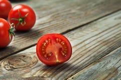 Pomodori ciliegia maturi fotografia stock
