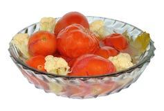 Pomodori marinati con il cavolfiore Fotografia Stock Libera da Diritti