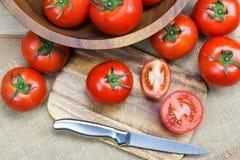 Pomodori maturi freschi del primo piano Immagini Stock