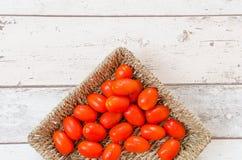 Pomodori rossi di gocciolamento Immagine Stock Libera da Diritti