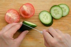 Pomodoro del cetriolo degli ortaggi freschi Immagini Stock Libere da Diritti