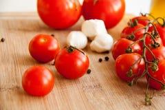 Pomodoro & pomodoro ciliegia Fotografia Stock