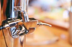 Pompa del latte con l'illustrazione di goccia 3d Fotografia Stock Libera da Diritti