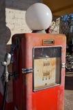 Pompa di benzina dell'annata fotografia stock