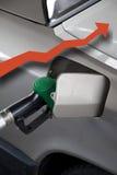 Pompa di gas con la freccia rossa in su Fotografia Stock Libera da Diritti