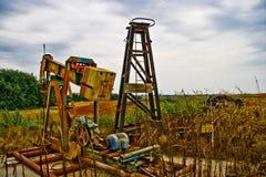 Pompa di olio abbandonata Fotografia Stock Libera da Diritti