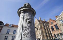 Pompe à eau à Bruges Images libres de droits