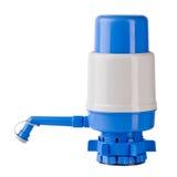Pompe à eau manuelle d'isolement sur le fond blanc Images stock