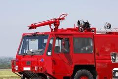 Pompe à incendie rouge d'aéroport Images libres de droits