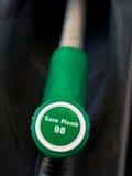 Pompe au gaz 98 sans plomb verte française Photos stock