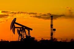 Pompe de pétrole Photos stock