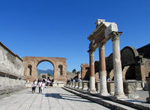 Pompei ancient Roman ruins - Pompei Scavi walls, arcs and columns Royalty Free Stock Photos