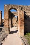 Pompei is een oude die stad in ADVERTENTIE 79 wordt begraven van de uitbarsting van stock afbeelding