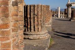 Pompei is een oude die stad in ADVERTENTIE 79 wordt begraven van de uitbarsting van royalty-vrije stock afbeelding