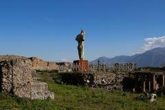 Pompei is een oude die stad in ADVERTENTIE 79 wordt begraven van de uitbarsting van royalty-vrije stock foto's
