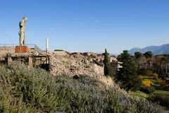 Pompei is een oude die stad in ADVERTENTIE 79 wordt begraven van de uitbarsting van stock foto's