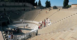 Pompei, Italië - Oktober 18, 2018: Weergeven van Groot Theater van Pompey in Sunny Day De Plaats van de Erfenis van de Wereld van stock videobeelden