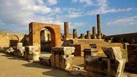 Pompeii détruit un jour ensoleillé photos stock
