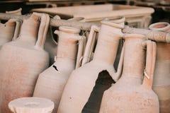 Pompeii, Italie Objets façonnés dans le grenier de Pompeii photo stock