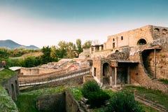 Pompeii, Italie Vue à partir du bord de Porta Marina Showing Cliffs On City et des bains suburbains photos libres de droits