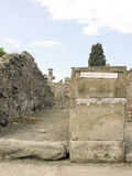 POMPEII ITALIEN - MAJ 2006: Den berömda antikviteten fördärvar av Pompeii, Royaltyfri Foto