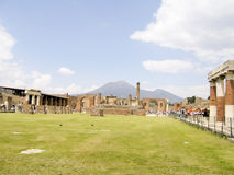 POMPEII, ITALY - MAY 05, 2006: Famous antique ruins of Pompeii, Stock Images
