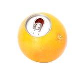 Pompelmo fresco, succo d'arancia in una latta fotografie stock libere da diritti