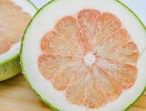 Pompelmoes of Chinese grapefruit Stock Afbeeldingen