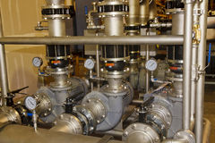 Pompes industrielles dans l'usine Photographie stock