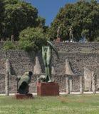 Pompeya, Italia 22 de mayo 2016 Exposición de 30 estatuas a AR Fotos de archivo