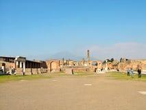 Pompeya, Italia, las ruinas del templo de Júpiter Imagen de archivo