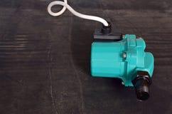 Pompi per aumentare la pressione nei tubi fotografie stock
